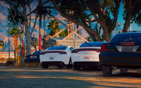 Two Victoria's, two Charger's